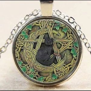 Jewelry - Witch cat necklace